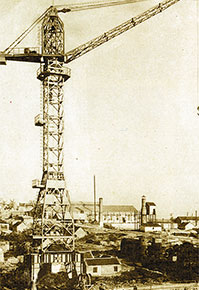 In 1957, XCMG began to step into the construction machinery industry with the successful production of the first tower crane.