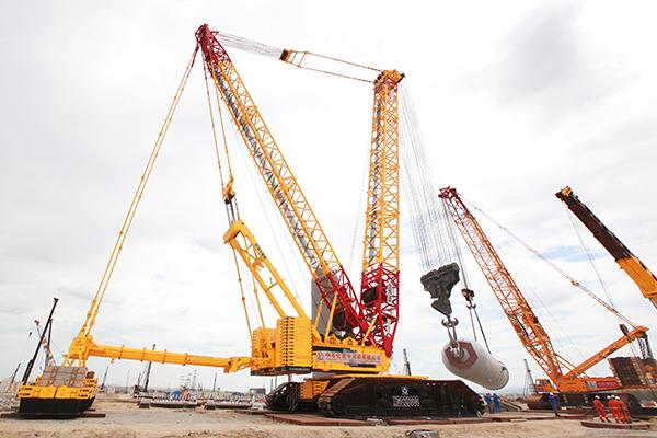 中国工业报 蓄势而发 徐工2000吨级履带吊业界航母