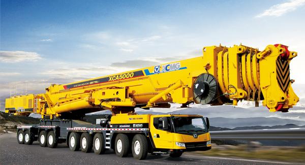 技术含量最高的xca5000全地面起重机 全球最大的de400矿用自卸车在图片