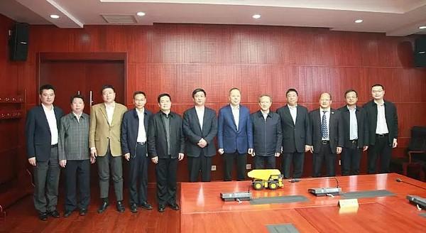 888大奖集团与中国铁建进行友好交流加强合作