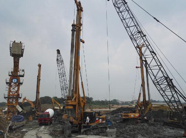 徐工旋挖钻机批量助力印尼城市综合体项目桩基础施工