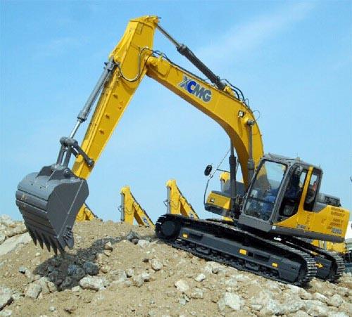徐工挖掘机在美国休斯顿施工